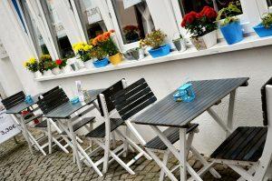 street-cafe-533737_1280